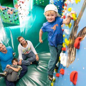 Kind Kinderwelt Regensburg Boulderkids Familie